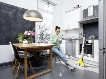 FC_3_kitchen_yoghurt_yellow_lifestyle_app_01_CI15_96 dpi (jpg)